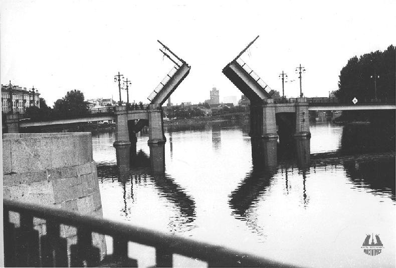 Большой Крестовский мост после реконструкции