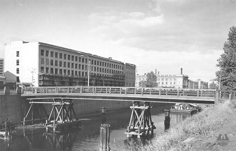 Ипподромный мост в 1970-е годы