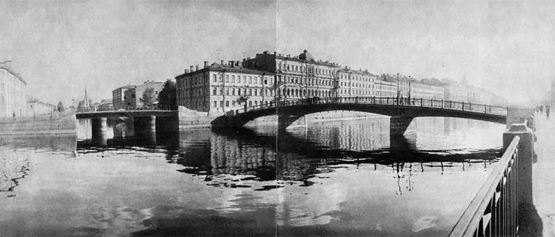 Красноармейский и Смежный мосты на фото 1970 года