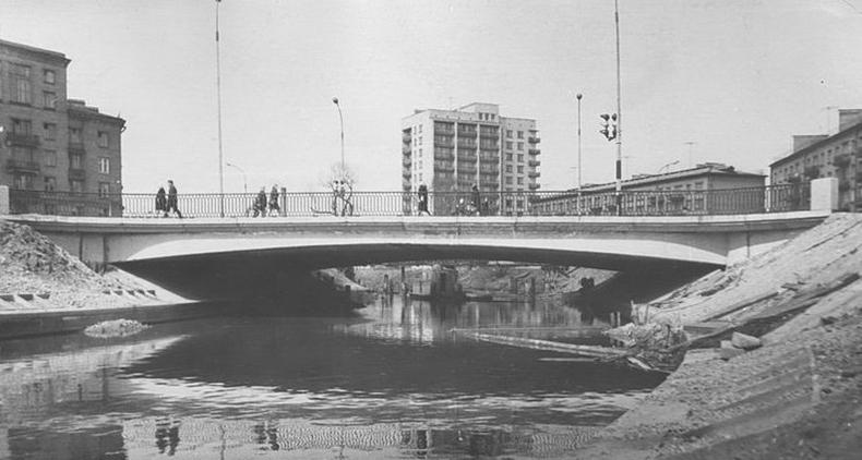 Ланской мост сразу после открытия