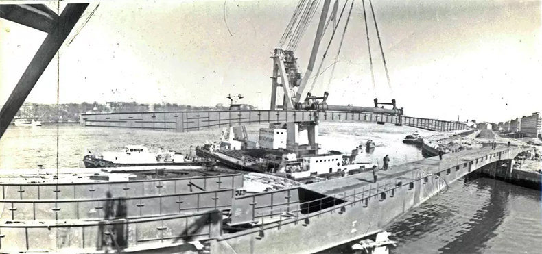 Ход строительства Малоохтинского моста