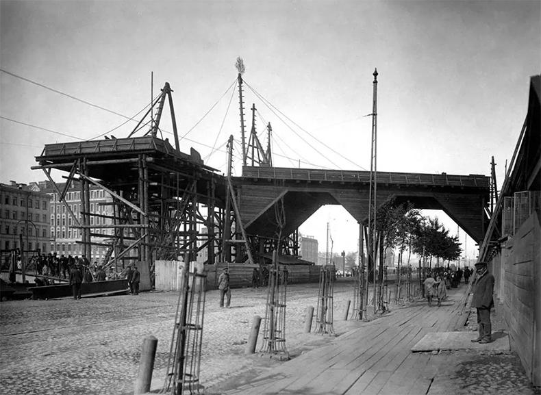 Газовый мост  и электростанция Общества электрического освещения в 1900-х годах