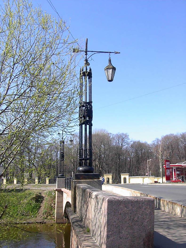 Фонарь Смоленского моста