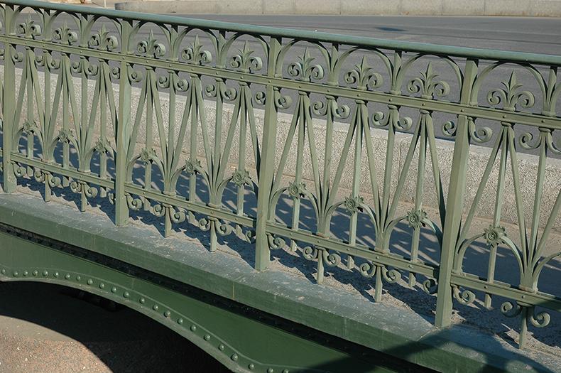 Перила Старо-Никольского моста