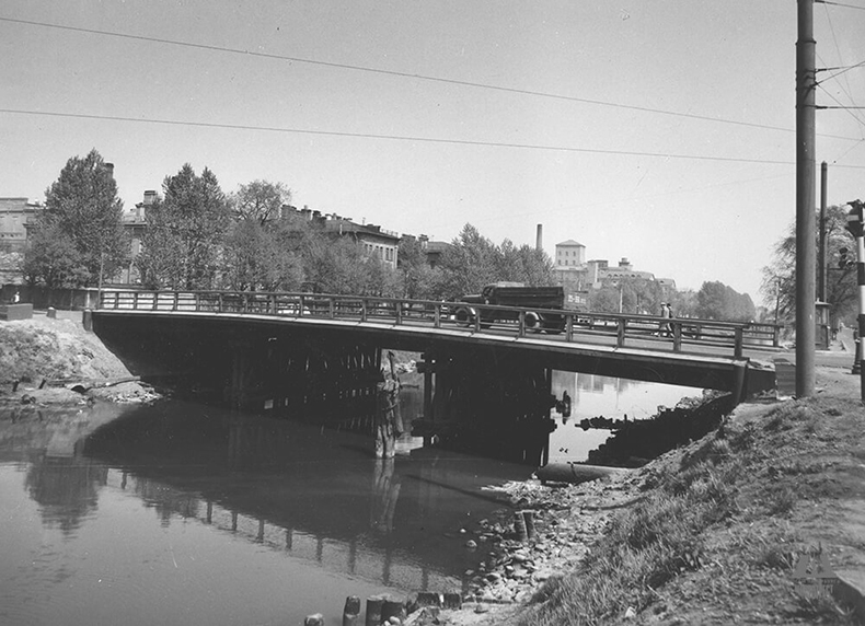 Мост Степана Разина в 1920-х и в начале 1970-х годов