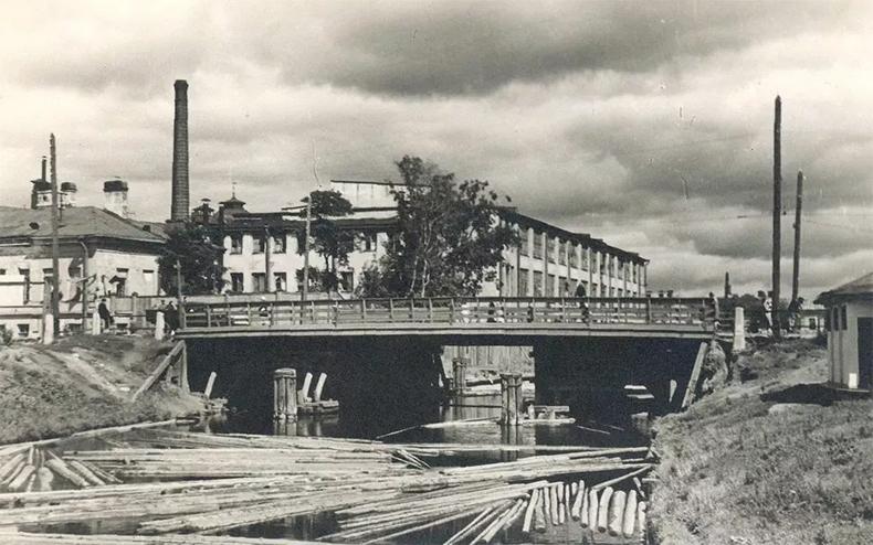 Уральский мост в 1930-х годах