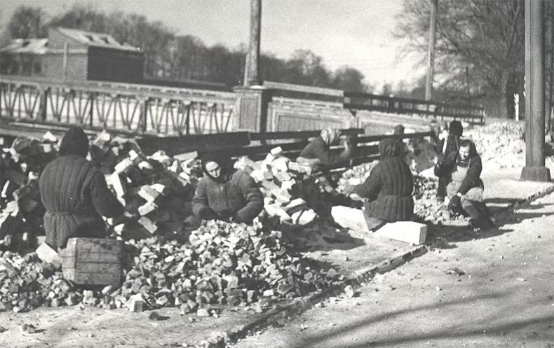 2-й Ждановский мост в 1950-х годах