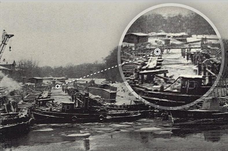 Начало строительства нового Гренадерского моста, на заднем плане— временный деревянный Аптекарский мост, 1971 год