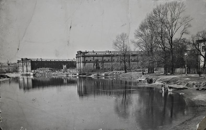 Вид на Артиллерийский музей с восточной стороны, конец 1950-х годов