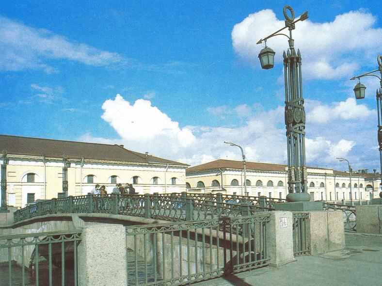 Мост в 1970-е годы: https://pastvu.com/p/132457