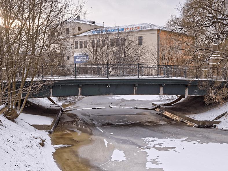 Сутугин мост через Бумажный канал