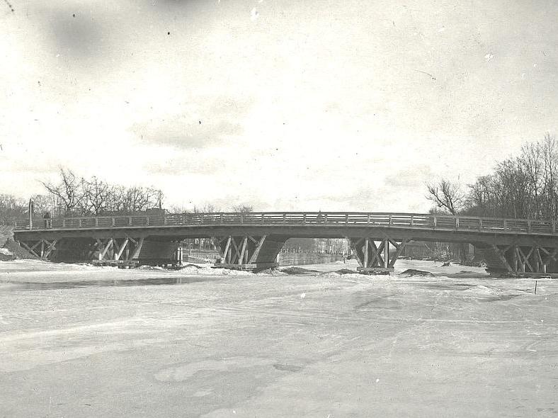 Деревянный мост Красного Курсанта, 1939–1940 годы https://pastvu.com/p/270915