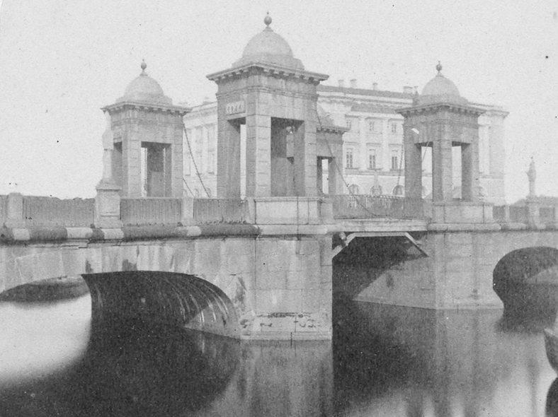 Чернышёв мост, 2-я половина XIX века: https://pastvu.com/p/131469