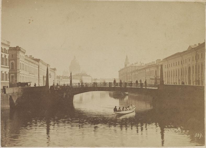 Поцелуев мост в 1870-х годах