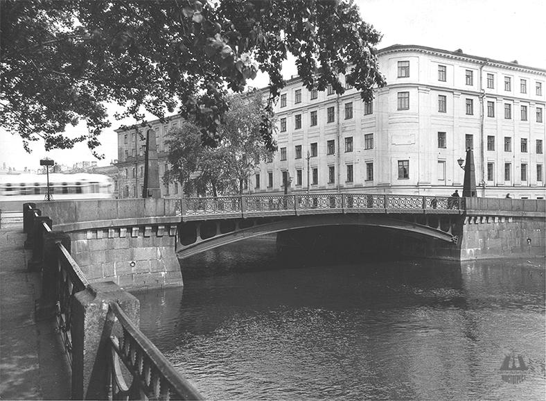 До реставрации 1969 года, фото из архива СПб ГБУ «Мостотрест»