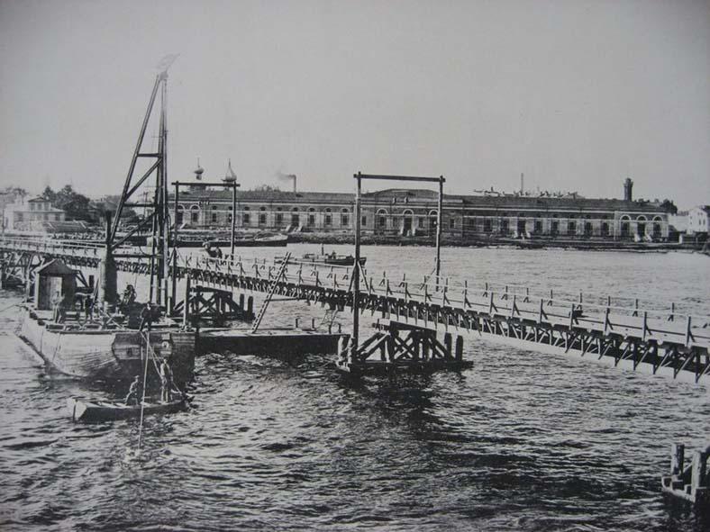 Строительство постоянного Троицкого моста через Неву