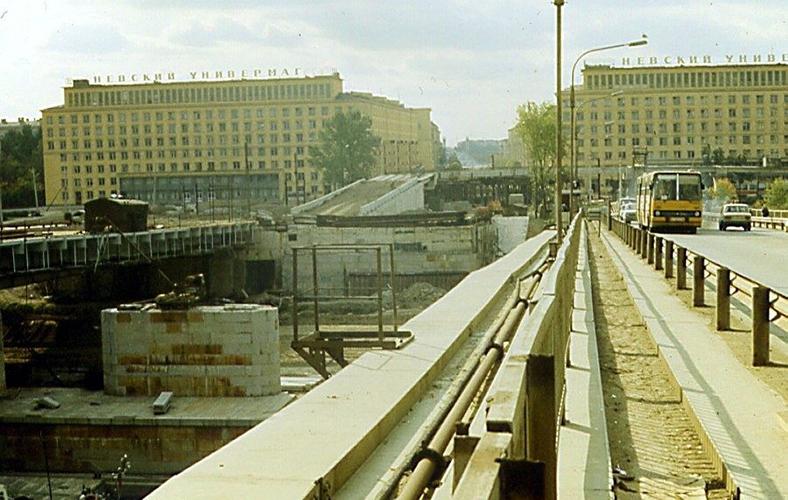 Начало реконструкции и временный мост