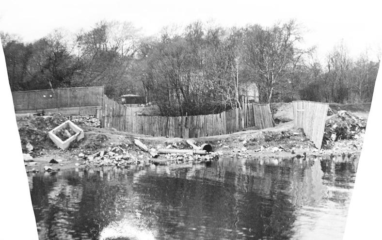 Набережная пролива до реконструкции, конец 1960-х – начало 1970-х годов
